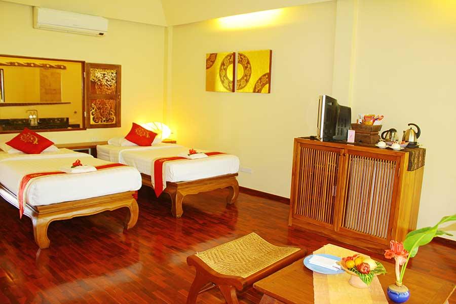 Jacuzzi Junior Suite Accommodation 03 Ban Sabai Village Resort And Spa Chiang Mai