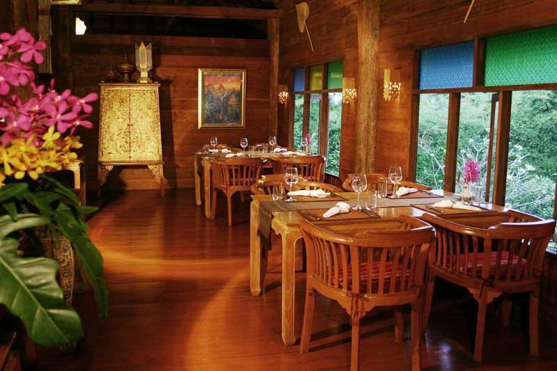 Senior residences restaurant